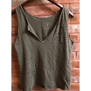 ☀️ KNOT SISTERS Green Distressed Tank Open Back